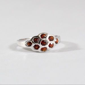 Jewelry - Sterling Silver Garnet Honeycomb Ring 6